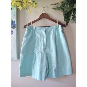 Vintage 1980s Southern Lady Bermuda Mom Shorts
